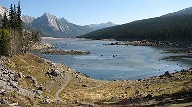 Medicine Lake Alberta.jpg