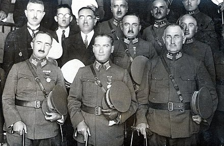 Founder, President of Turkey, and Commander-in-chief of Turkish Armed Forces Maresal Mustafa Kemal Pasha (center), General Mehmet Emin Pasha (left), General Ali Sait Pasha (right) at Inebolu in 1925. Mehmed Emin-Mustafa Kemal-Ali Said 1925.jpg