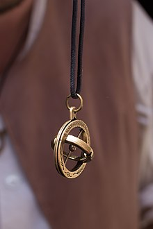 pendant gold real zone with chain horse products neck