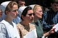 Mennonite choir in Dupont Circle -02- (50565772418).png