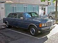 Mercedes W123 4 v sst.jpg