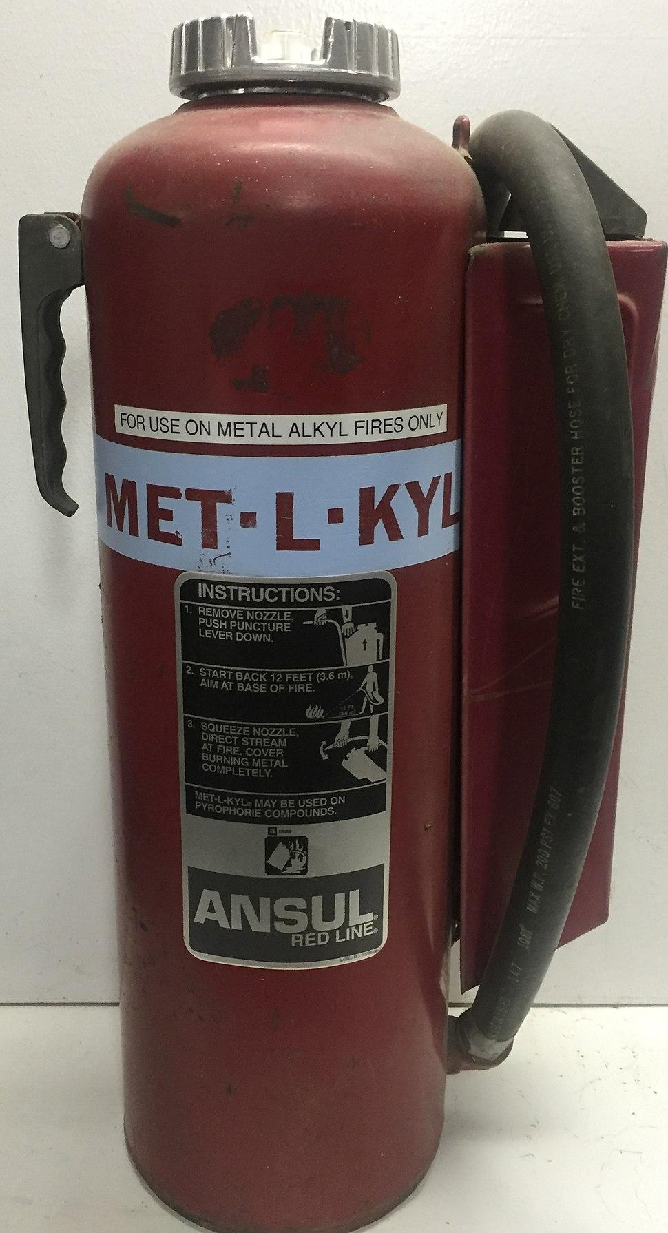 Met-L-Kyl Fire Extinguisher