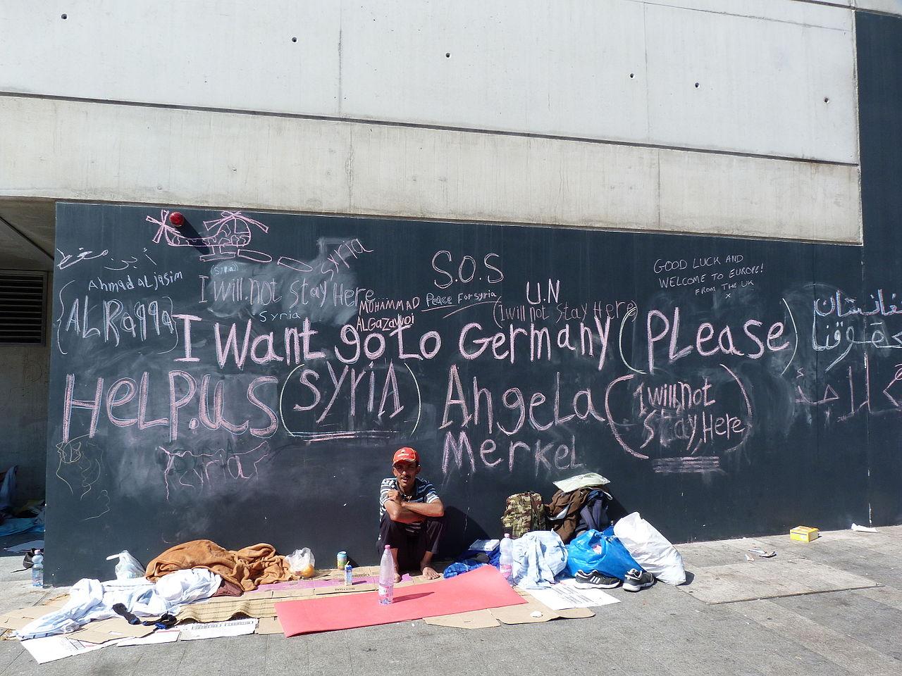 Migrants at Eastern Railway Station - Keleti, 2015.09.04 (8).jpg