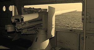 QF 12-pounder 12 cwt naval gun
