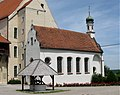 Mindelburg Schlosskapelle Brunnen Mindelheim-2.jpg
