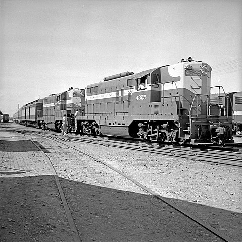 File Missouri Pacific Diesel Electric Switchers Nos 4325
