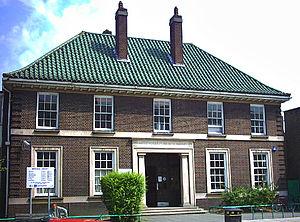Mitcham Library - Mitcham Public Library, London Road, 28 June 2005