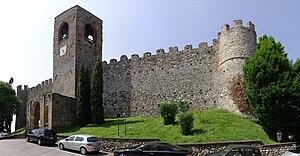 Moniga del Garda - Image: Moniga del Garda Castello 001