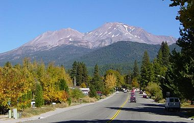 Mt Shasta Ca >> Mount Shasta Travel Guide At Wikivoyage