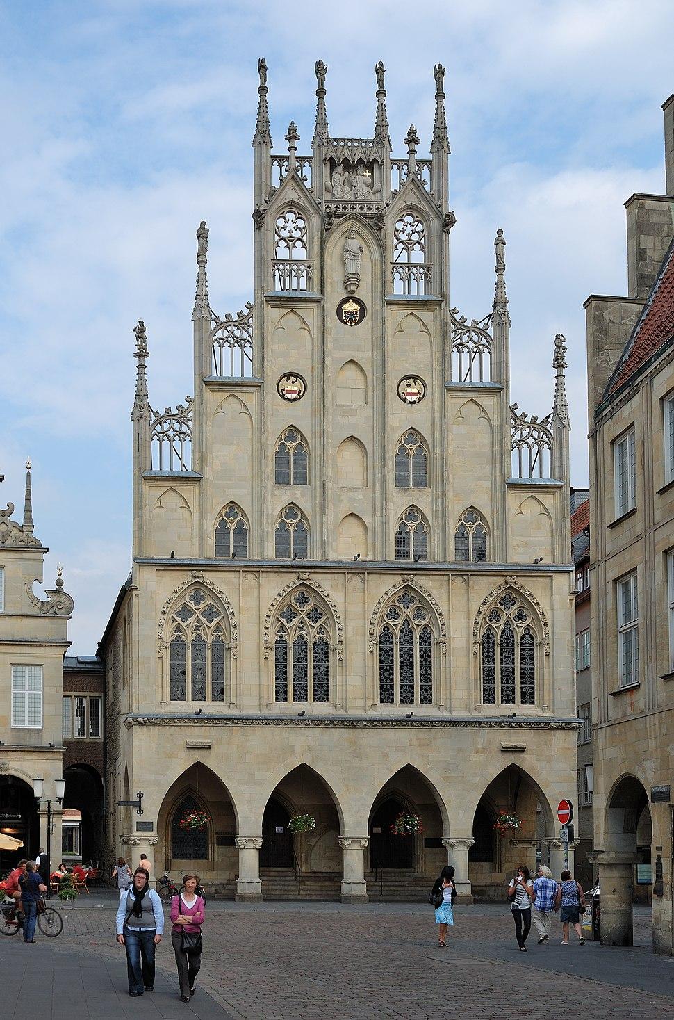 Muenster-100725-16053-Rathaus