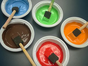 Paint - Image: Multicolored tempera paints