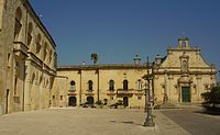 Muro L. Piazza del Popolo.jpg