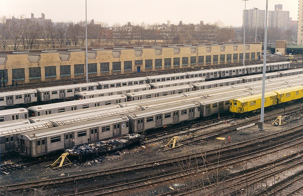 NYCS Concourse yard