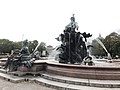 Neptunbrunnen 029.jpg