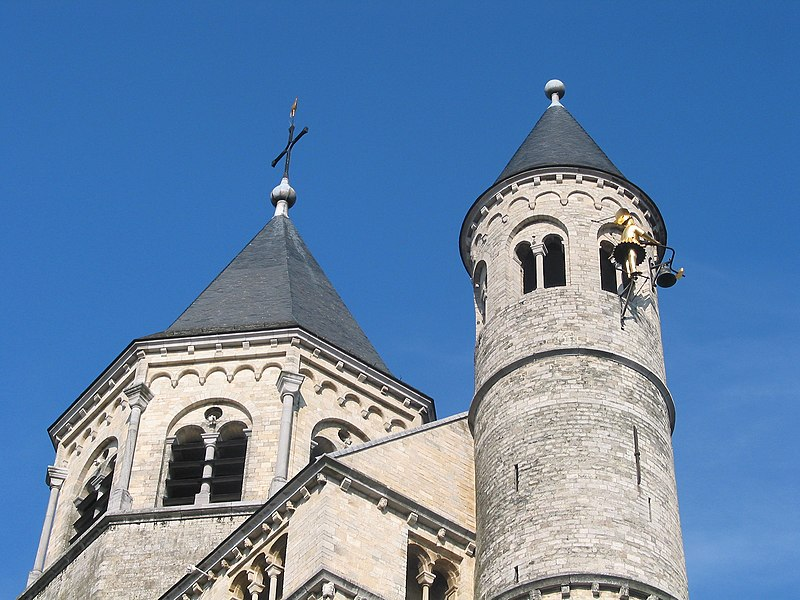 Nivelles   (Belgium),  the new bell tower and the southern campanile of the St. Gertrude Collegiate church (XI/XIIIth century) with its famous jacquemart (XVIth century).
