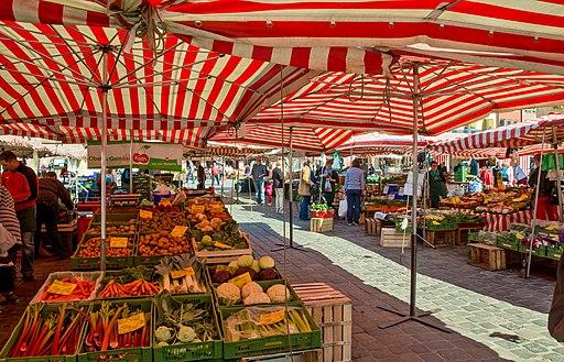 Nuremberg, Hauptmarkt and Frauenkirche 4660