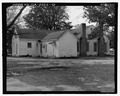 OBLIQUE VIEW, FACING NORTH. - Ambrose R. Wright House, 702 Green Street, Louisville, Jefferson County, GA HABS GA-2222-5.tif