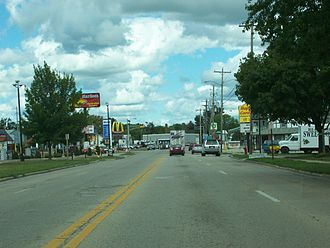 Oconto, Wisconsin - Looking north at the eastern terminus of Wisconsin Highway 22 at U.S. Route 41 in Oconto