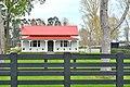 Old House (37354331972).jpg