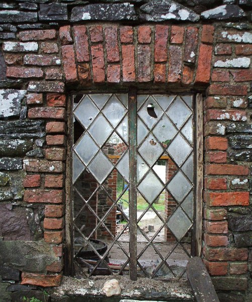 File:Old window, Camowen - geograph.org.uk - 626977.jpg
