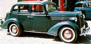 Opel Super Six De Luxe 4-Door Sedan 1938.jpg