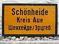 Ortseingangsschild Schönheide ca. um 1946.jpg
