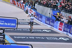 Niki Terpstra - Terpstra crossing the line to win the 2014 Paris-Roubaix