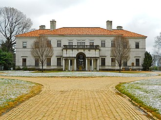Claymont, Delaware - Image: Patio Archmere 2