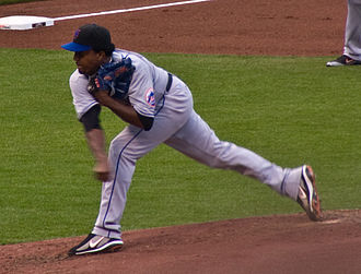 Pedro Martínez - Martínez pitching with the Mets