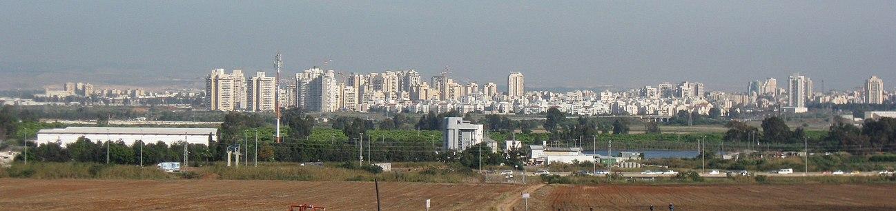 מראה כללי של שכונת אם המושבות וחלקה הצפוני של העיר מאזור מחלף מורשה