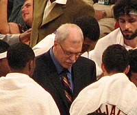 Phil Jackson (center) coaching the Los Angeles Lakers