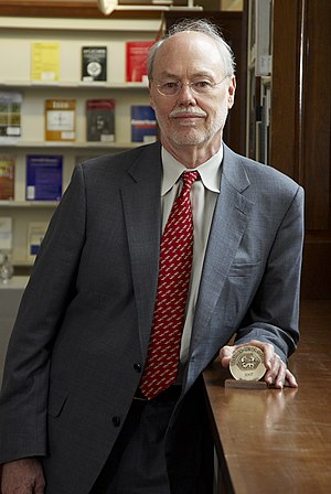 Phillip Sharp HD2007 with Winthrop Sears Medal.jpg