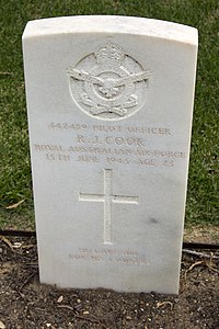 Pilot Officer R J Cook gravestone in the Wagga Wagga War Cemetery.jpg