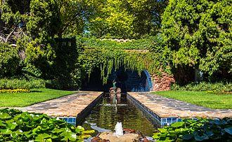 Hugh Linaker - Pioneer Women's Memorial Garden (Melbourne)