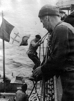 Military history of France during World War II - Free French welcomed on board Free Poles Navy destroyer ORP ''Piorun'' (G65), circa 1944.