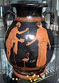 Pittore di chicago, pelike attica con polinice che dona la collana di armonia ad erifile, 450-440 ac, da rudiae.jpg