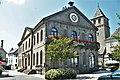Pleaux, mairie.jpg