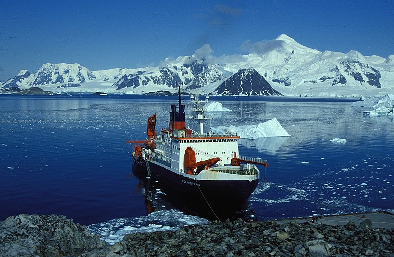 File:Polarstern rothera hg.jpg