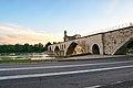 Pont Saint-Bénézet au matin.jpg