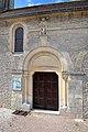 Porte latérale sud de l'église Saint-Aubin de Saint-Aubin-d'Arquenay.jpg
