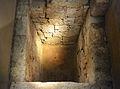 Pou votiu fundacional de Valentia, Centre Arqueològic de l'Almoina.JPG