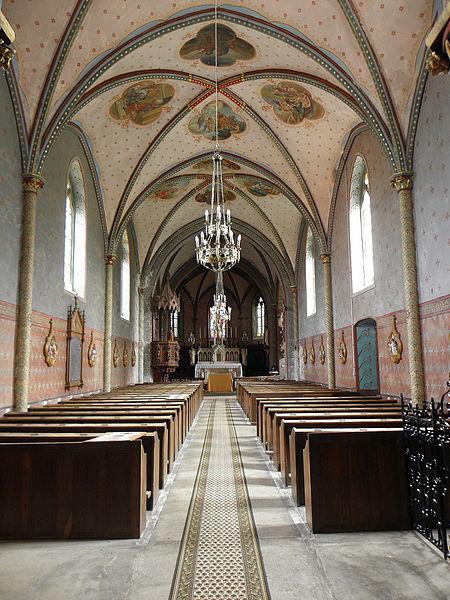 Église Saint-Martin de Préaux (53). Nef.