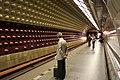 Praha Metro Flora platform.jpg
