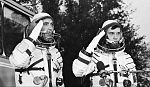 Prunariu and Popov Soyuz40g.jpg
