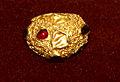 Qaşlı qızıl üzük, Mingəçevir.JPG