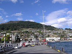 Queenstown & Lake Wakatipu.jpg