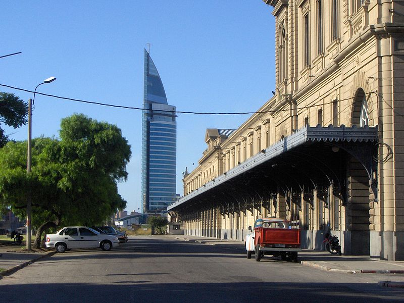 File:Río Negro Street, Montevideo URY.jpg