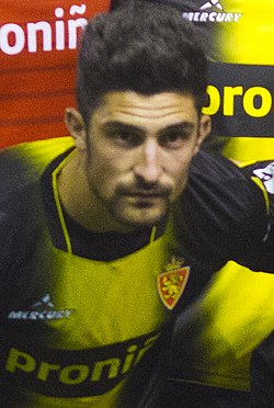 Rayo vallecano vs real zaragoza - Flickr - loren mzn (15) (cropped).jpg