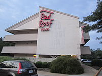 An Older Red Roof Inn In Manassas, Virginia