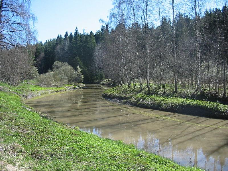 File:Rekijokea Kiikalan Hirvelässä.jpg
